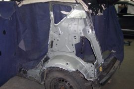 Mercedes A-Klasse – verformtes Teil ausgetrennt