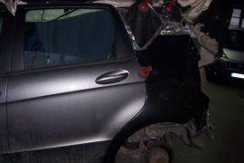 Mercedes A-Klasse – Neuteil geschweisst und Teile eingepasst