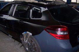 Renault Laguna – Neuteile eingepasst, Schweller und Radhaus